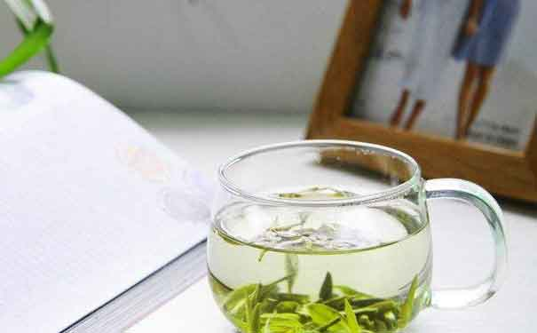 The Efficacy and Function of Old Pu'er Raw Tea